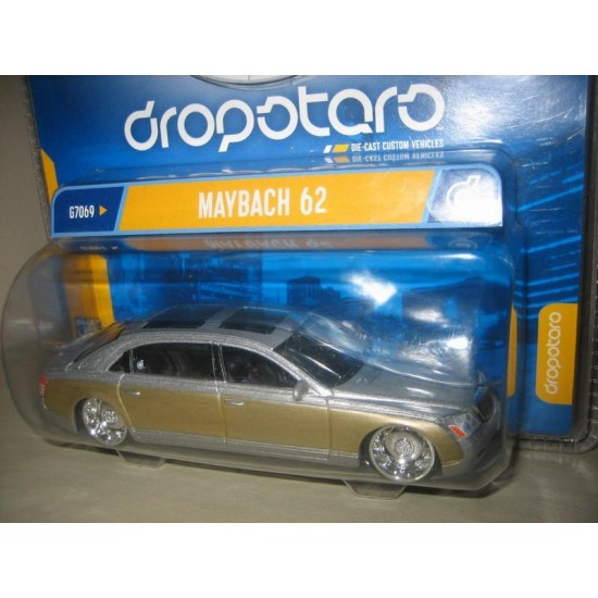 Hot Wheels Dropstars Mercedes Maybach 1/50 Gümüş