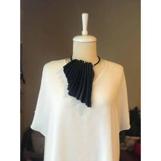 Black Güderi Design Necklace