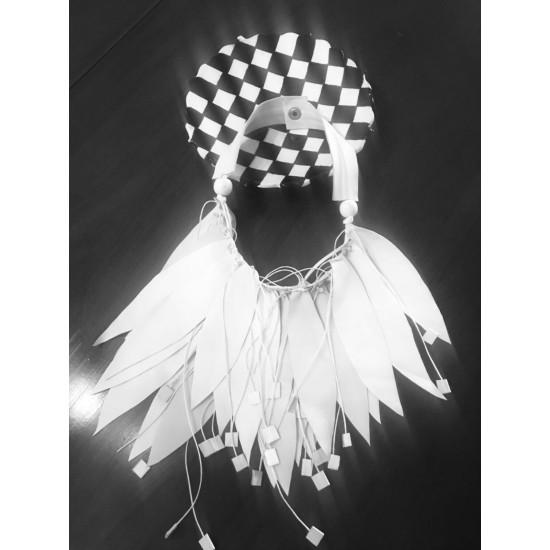 White Design Necklace